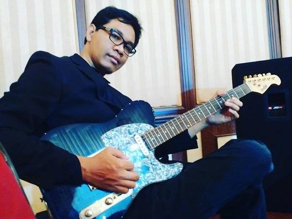 Hariztoteles Rilis Single Baru  Bila Esok Aku, Gaet JIMMO Alumni OST  Eiffe Im In Love