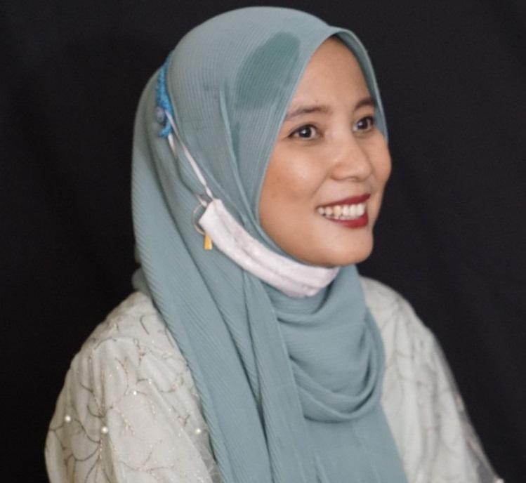 Winda Isnaeni, Pelantun Dandut Khas Sunda, Asah Vokal dari Sang Ayah